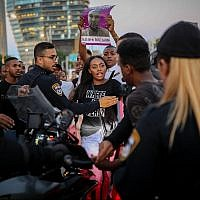 Ethiopian Israeli protestors demonstrate in Tel Aviv against the shooting of 19-year-old Solomon Tekah and what they say is systemic police brutality, July 2, 2019. (Hadas Porush/ Flash90)