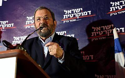Ehud Barak, head of the Israel Democratic Party speaks during an election campaign event in Tel Aviv on June 26, 2019. (Gili Yaari/Flash90)
