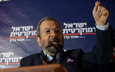 Ehud Barak, head of the Israel Democratic Party speaks during an election campaign event in Tel Aviv on July 17, 2019. (Gili Yaari/Flash90)