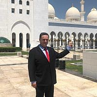 In this photo released on July 1, 2019, Foreign Minister Israel Katz visits the Sheikh Zayed Grand Mosque Center in Abu Dhabi, United Arab Emirates. (Courtesy Katz's office)
