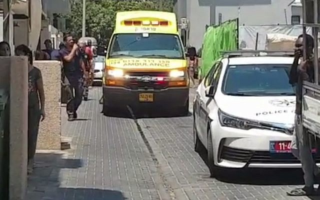 The scene of a stabbing near the Beit Dror LGBT youth hostel in Tel Aviv on July 26, 2019. (Screen capture/Channel 13)