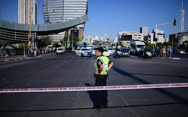 Police block the road during a protest against police violence in Tel Aviv on July 3, 2019, following the fatal shooting of Ethiopian-Israeli man Solomon Tekah by an off-duty officer. (Tomer Neuberg/Flash90)