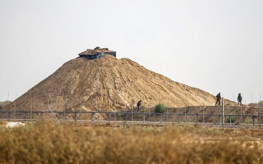 IDF: Islamic Jihad snipers fire at troops on Gaza border; none injured