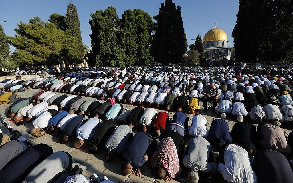 Police temporarily bar Jewish visitors from Temple Mount on