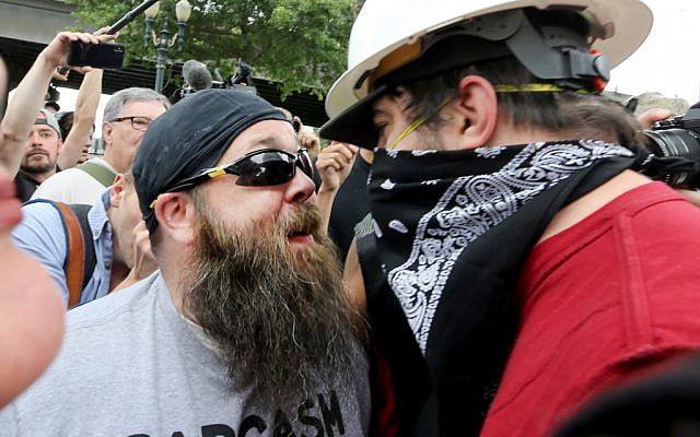 Alt-right groups and anti-facist counter-demonstrators hold rallies on August 17, 2019 in Portland, Oregon. (Karen Ducey/Getty Images/AFP)
