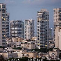 Luxury apartment towers are seen in the Tel Aviv neighborhood of Park Tzameret on August 24, 2015. (Miriam Alster/Flash90)