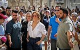 Jennifer Lopez visits the Western Wall, in the Old City of Jerusalem on August 2, 2019 (Noam Revkin Fenton/Flash90)