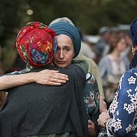 Hundreds of people attend the funeral ceremony of Dvir Yehuda Sorek,18, in the Jewish settlement of Ofra, on August 8, 2019. (Flash90)
