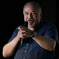Yisrael Beytenu Avigdor Liberman speaks at a cultural event in the central town of Shoham on August 24, 2019. (Tomer Neuberg/Flash90)