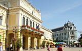 The main square in Nyíregyháza, Hungary. (Public domain, Wikipedia, David Sallay)