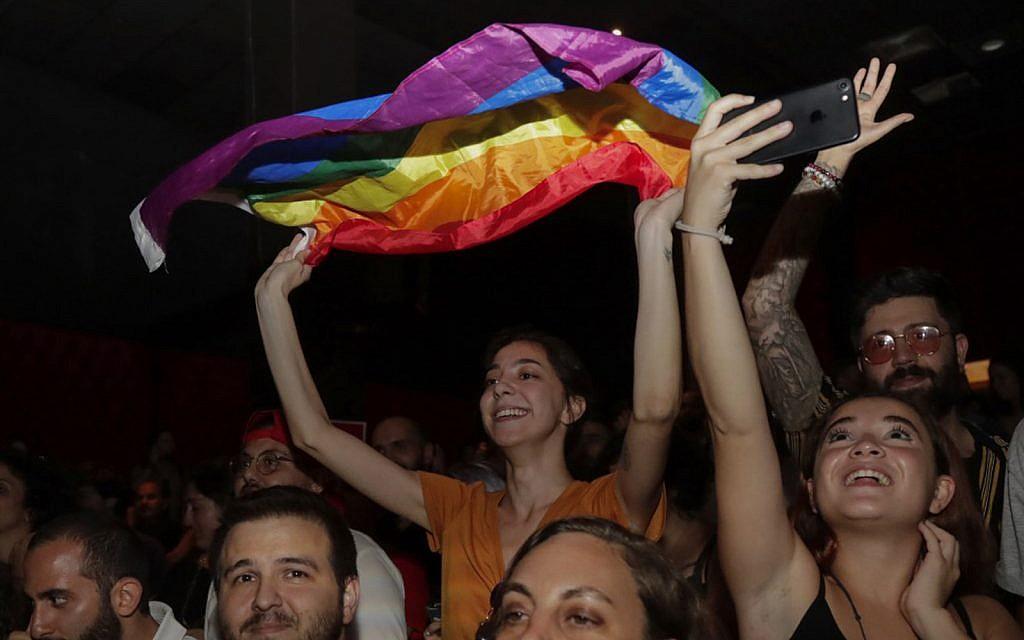 Homophobia, sectarianism and church pressure stifle mashrou leila appearance