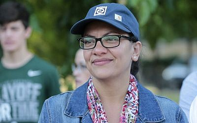 "US Democratic Representative for Michigan's 13th congressional district Rashida Tlaib attends ""Shabatt in the Park with Rashida"" event on August 16, 2019 in Pallister Park in Detroit, Michigan. (JEFF KOWALSKY/AFP)"