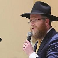 Chabad Rabbi Zalman Heber. (Screenshot/Tacoma News Tribune)