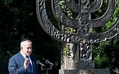 Prime Minister Benjamin Netanyahu speaks at the Babi Yar ravine, where Nazi troops murdered thousands of Jews during WWII, in Kyiv, Ukraine, August 19, 2019. (AP Photo/Efrem Lukatsky)