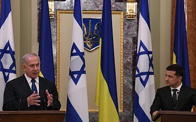 PM Netanyahu, left, and Ukrainian President Zelensky address the press at the presidential residence in Kyiv, Ukraine, August 19, 2019 (Amos Ben-Gershom (GPO)