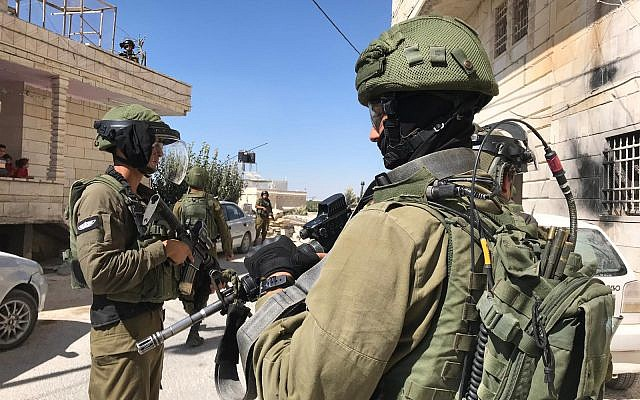 Israeli soldiers are seen during searches in the West Bank for the terrorists who killed Dvir Sorek, August 9, 2019. (Israel Defense Forces)