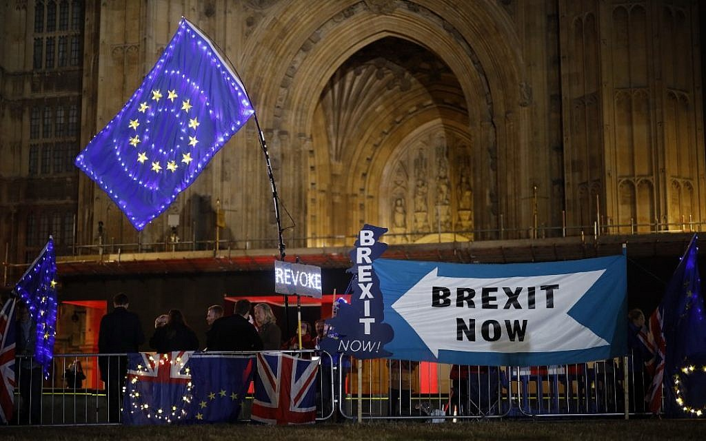 EU and UK closing in on 'possible' Brexit deal