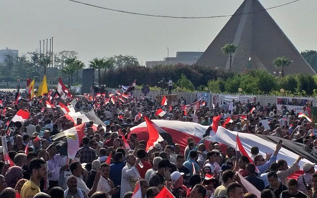 Supporters of Egyptian President Abdel Fattah el-Sissi rally near the Unknown Soldier Memorial in the eastern Nasr City district of Egypt's capital Cairo on September 27, 2019. (Khaled DeSouki/AFP)