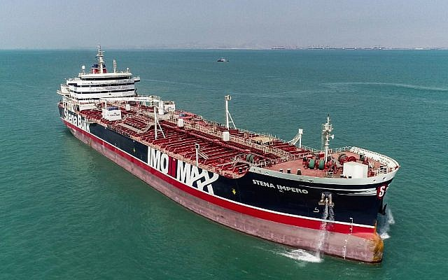 This picture taken on September 27, 2019 shows the British-flagged oil tanker Stena Impero as it leaves Bandar Abbas port in southern Iran (Mehdi DEHDAR / Fars news / AFP)