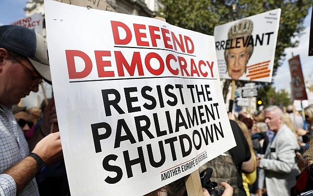 Anti Brexit protesters from 'Stop the Coup' movement demonstrate outside Downing Street in London, August 31, 2019 (AP Photo/Alastair Grant)