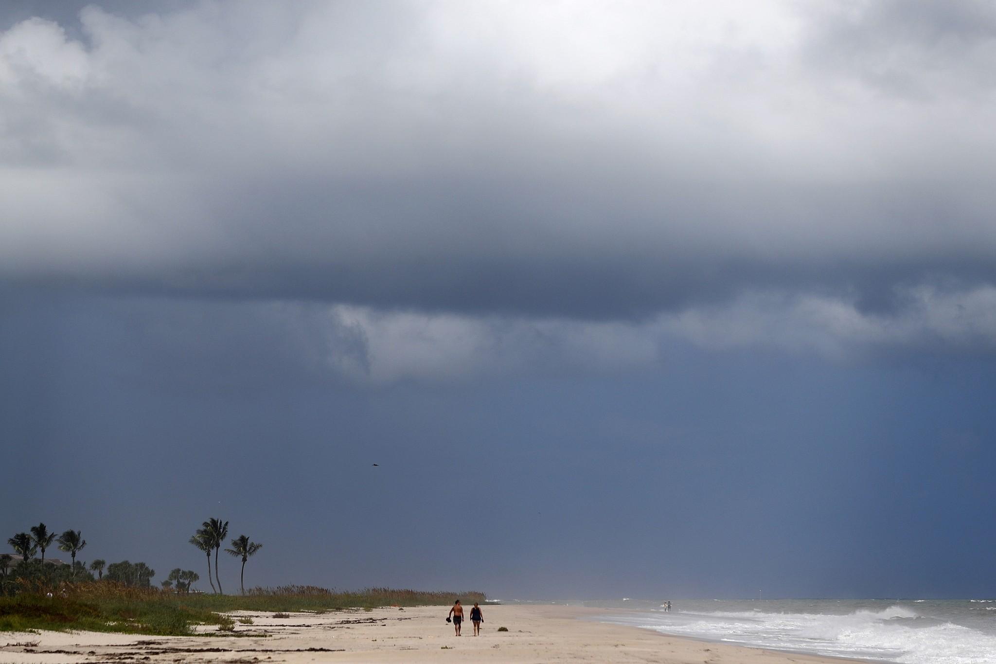 U.S.  braced as 'catastrophic' hurricane crashes into Bahamas
