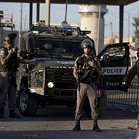 Illustrative: Border Police officers deploy at the Qalandiya checkpoint north of Jerusalem after an apparent stabbing attack, September 18, 2019. (AP Photo/Majdi Mohammed)