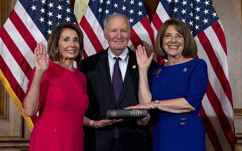 Susan Davis, longtime Democratic congresswoman, retiring