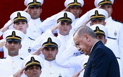 Turkey's President Recep Tayyip Erdogan, arrives to deliver a speech to graduates of a military academy in Istanbul, Saturday, Aug. 31, 2019.(Presidential Press Service via AP, Pool)