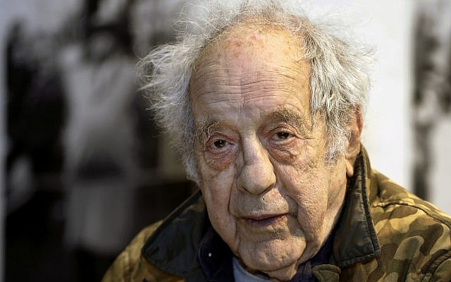 """In this photo from January 28, 2016, photographer and filmmaker Robert Frank appears at the opening of the exhibition featuring his work, """"Robert Frank: Books and Films, 1947–2016,"""" at New York University's Tisch School of the Arts in New York. (AP Photo/Kathy Willens, File)"""