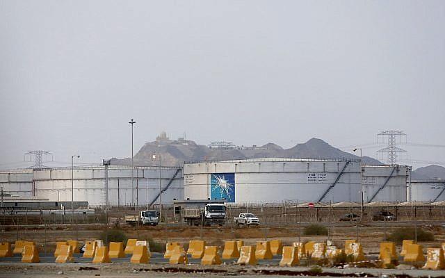 Storage tanks are seen at the North Jiddah bulk plant, an Aramco oil facility, in Jiddah, Saudi Arabia, September 15, 2019 (AP Photo/Amr Nabil)
