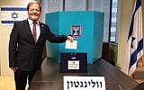 Itzhak Gerberg, Israeli Ambassador to New Zealand casts his vote on September 5, 2019 in Wellington, New Zealand (Israel Foreign Ministry)