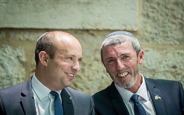 New Right leader Naftali Bennett (L) and Jewish Home chairman Rafi Peretz. (Yonatan Sindel/Flash90)