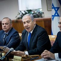 Israeli Prime Minister Benjamin Netanyahu leads the weekly cabinet meeting, at the Prime Minister's office in Jerusalem, on June 30, 2019. (Yonatan Sindel/Flash90)
