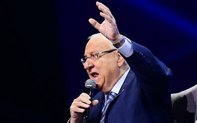 Israeli president Reuven Rivlin speaks during a Channel 12 news conference in Tel Aviv on September 5, 2019. (Flash90)