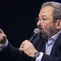 Former prime minister Ehud Barak speaks at Channel 12 news conference in Tel Aviv on September 5, 2019. (Hadas Parush/Flash90)