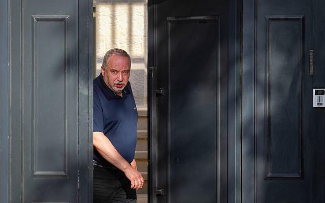 Yisrael Beytenu party leader Avigdor Lieberman speaks to the media outside his home in the West Bank settlement of Nokdim on September 18, 2019. (Flash90)