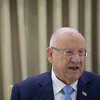 President Reuven Rivlin during a meeting with Shas party members at the President's Residence in Jerusalem on September 22, 2019. (Yonatan Sindel/Flash90)