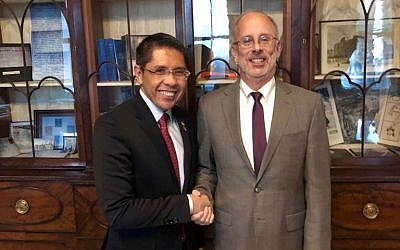 Meeting between Singapore's Senior Minister of State, Ministry of Defense and Ministry of Foreign Affairs, Dr Mohamad Maliki Bin Osman and US Deputy National Security Advisor Charles Kupperman, 6 February 2019 (Singapore Ministry of Foreign Affairs)