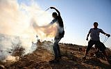 Palestinian protesters clash with Israeli troops along the Gaza border near Gaza City, September 6, 2019. (Hassan Jedi/Flash90)