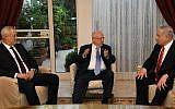 Blue and White leader Benny Gantz (L), President Reuven Rivlin (C) and Prime Minister Benjamin Netanyahu (R) meet at the President's Residence in Jerusalem on September 25, 2019. (Amos Ben Gershom/GPO)
