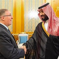 Joel C. Rosenberg, left, is greeted by Saudi Crown Prince Mohammed bin Salman at the Royal Palace in Jeddah, Saudi Arabia, September 10, 2019 (courtesy Saudi Embassy in Washington)