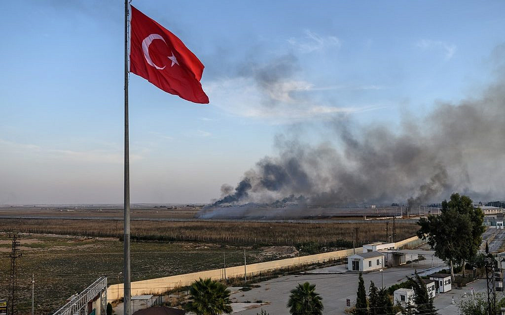 Turkey Syria offensive: Dozens killed as assault continues