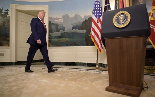 US President Donald Trump heads to the lectern to make a major announcement on October 27, 2019, at the White House in Washington, DC. (JIM WATSON / AFP)