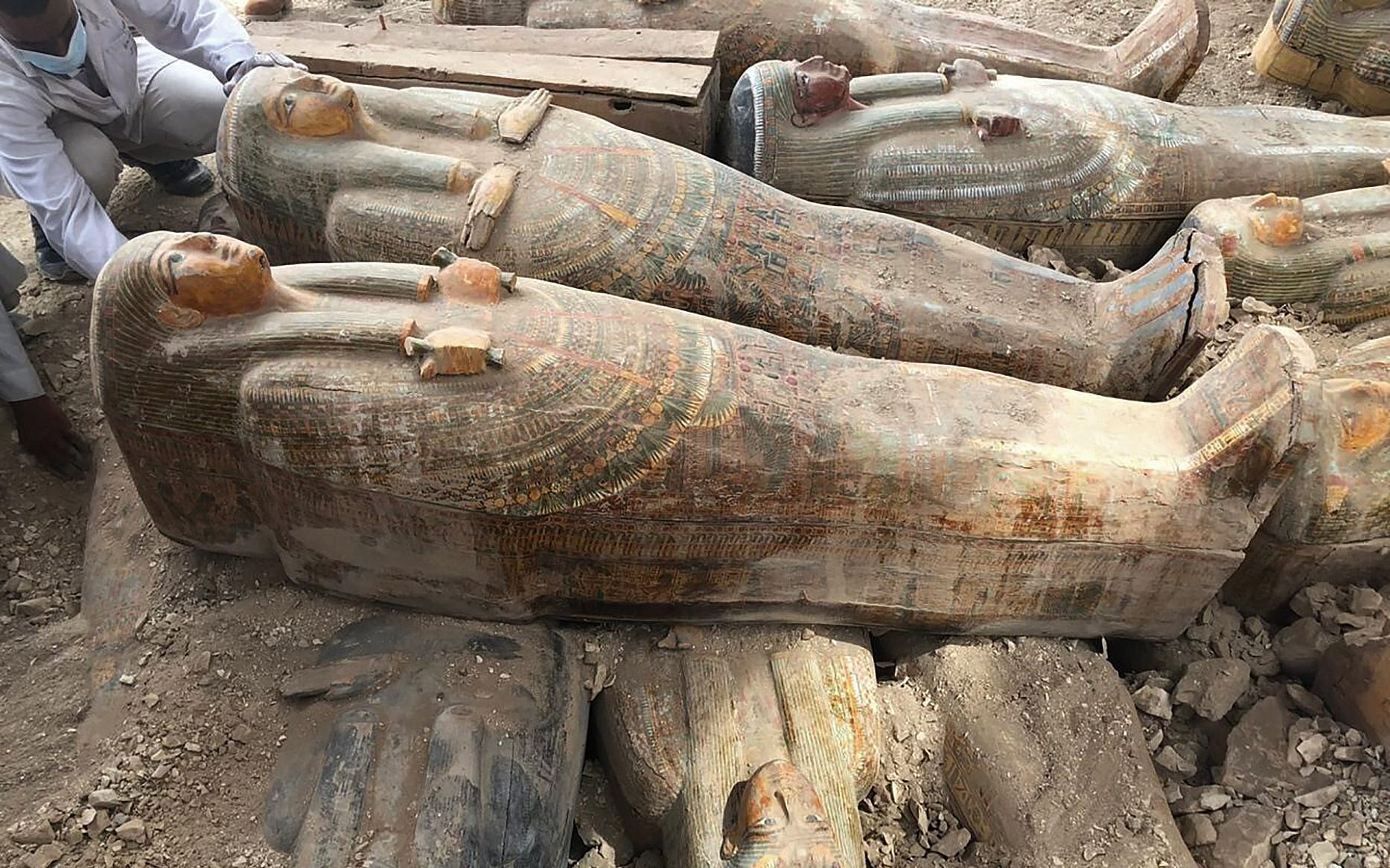 Twenty intact sarcophagi discovered in Egypt