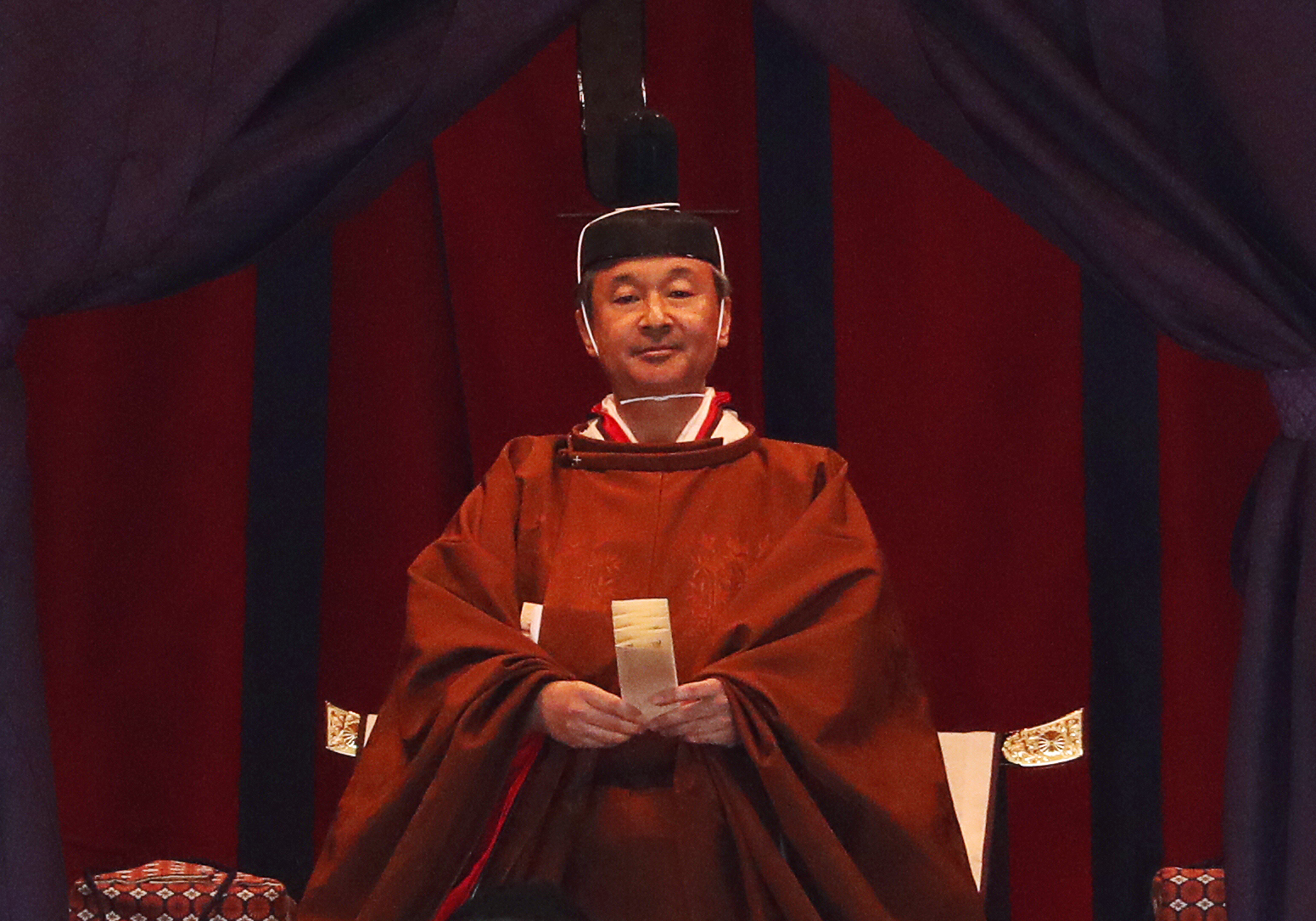Japanese Emperor Naruhito Enthroned In Elaborate Brief Ceremony The Times Of Israel