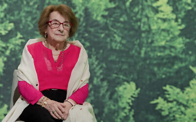 Holocaust survivor Hanni Levy at an extraordinary party convention in Hanover, Germany, January 1, 2018. (Julian Stratenschulte/dpa via AP)