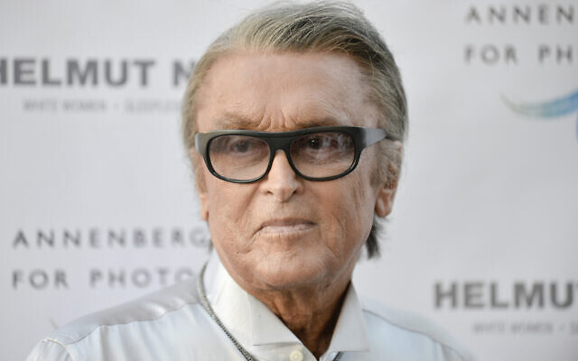 Robert Evans, at 'Helmut Newton: White Women - Sleepless Nights - Big Nudes' exhibit opening at the Annenberg Space Photography in Los Angeles, June 27, 2013. (Richard Shotwell/Invision/AP, File)