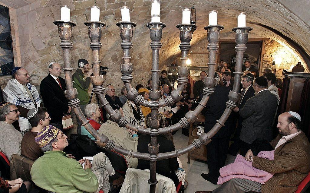 Over 132,000 Sephardic Jews apply for Spanish citizenship as offer expires