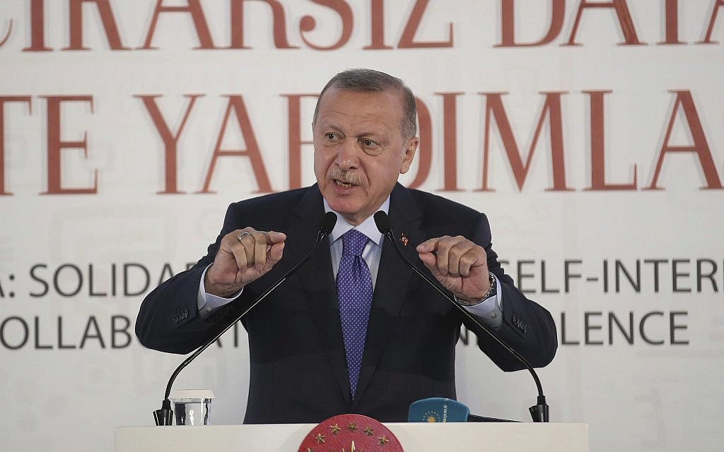 Erdogan vows to 'crush the heads' of Kurdish forces if no pullout by deadline