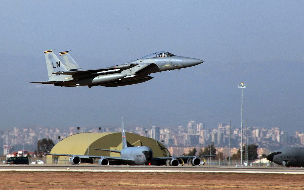 Amid rising tensions, US said considering plan to remove nukes from Turkish base